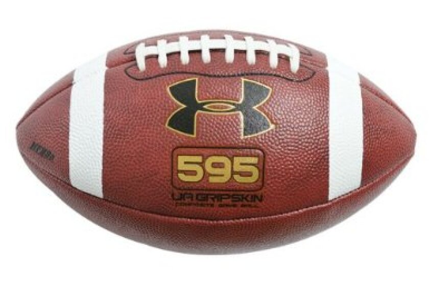 Under Armour 595 Youth Football