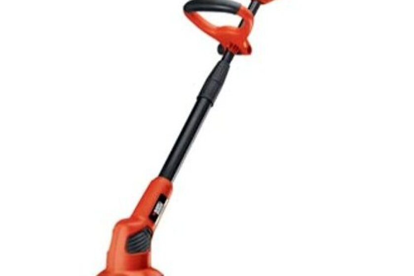Black and Decker LGC120 20V MAX Cordless Lithium-Ion Garden Cultivator