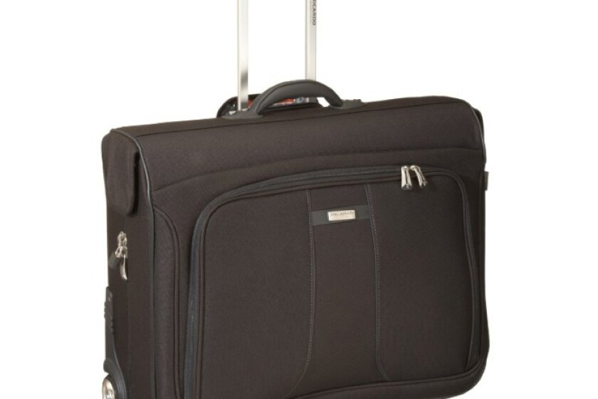 "Ricardo Beverly Hills Ricardo Capistrano Light 2.0 42"" Rolling Garment Bag"