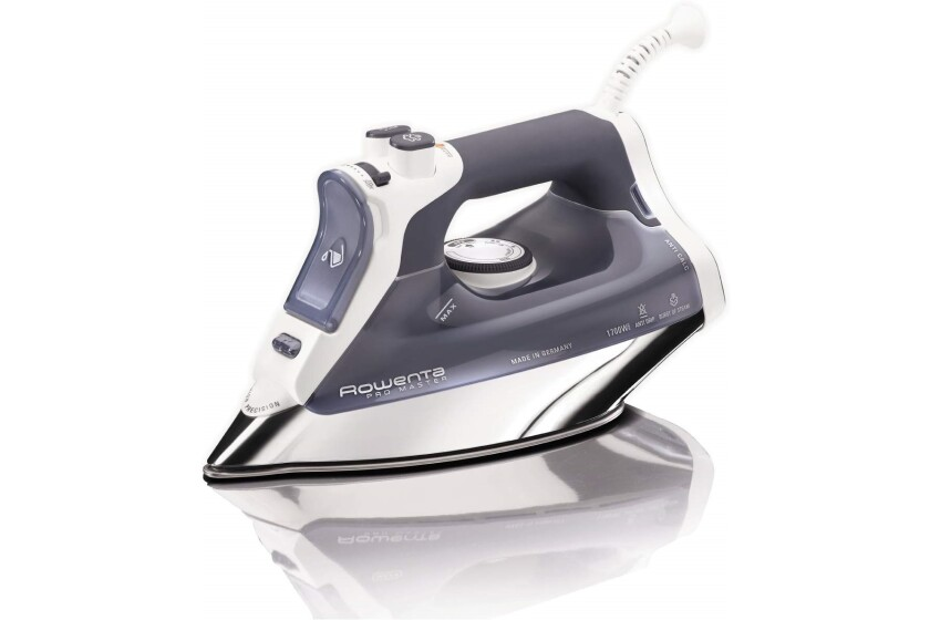 rowenta_dw8080_steam_iron.jpg