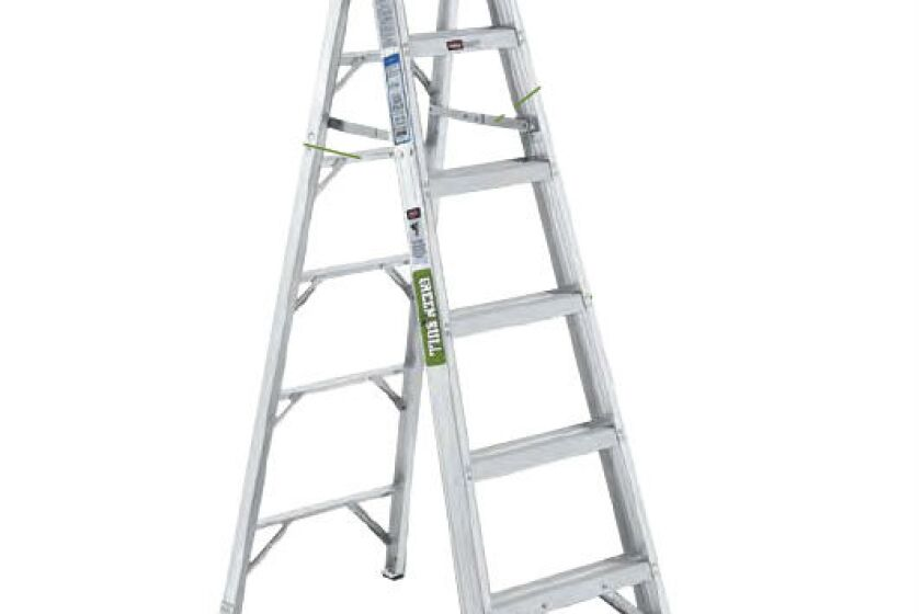 Green Bull Series 2061 206106 Aluminum Stepladder