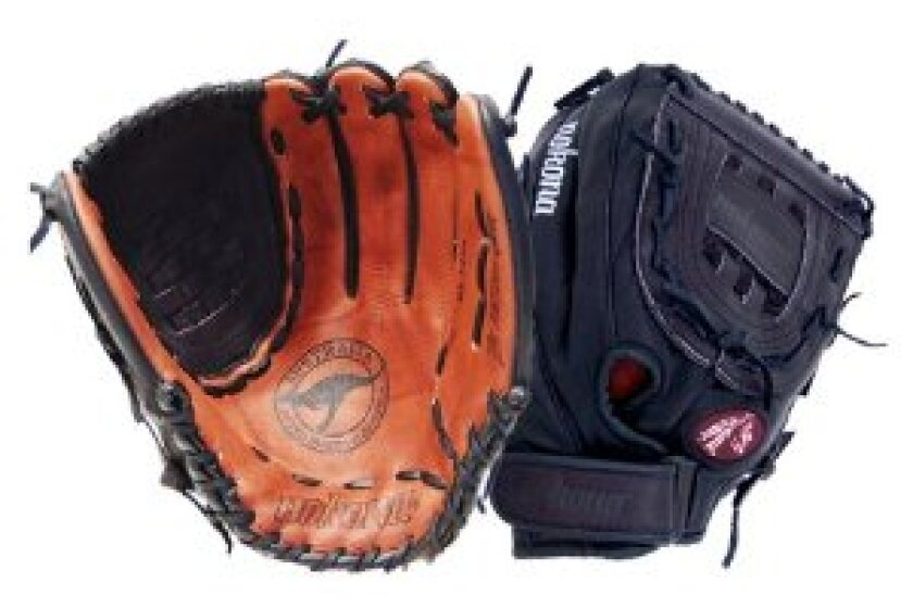Nokona Buckaroo Black Softball Glove