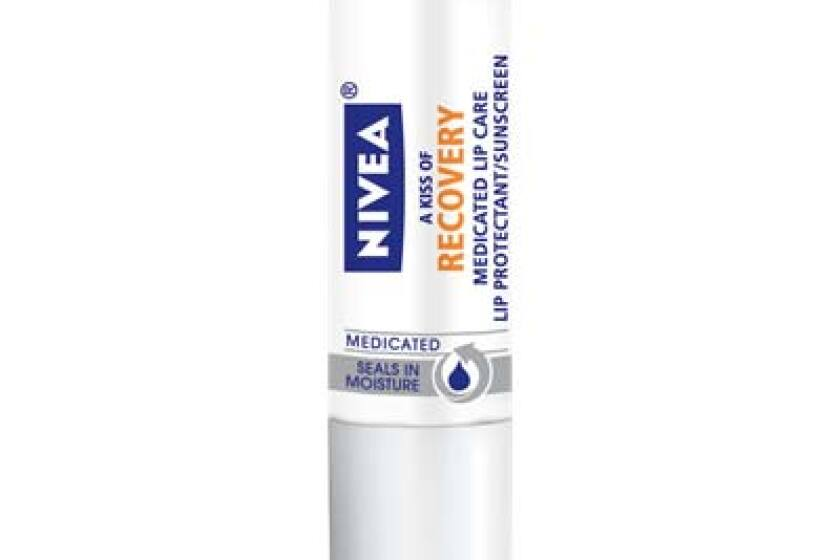 Nivea A Kiss of Recovery Medicated Lip Care