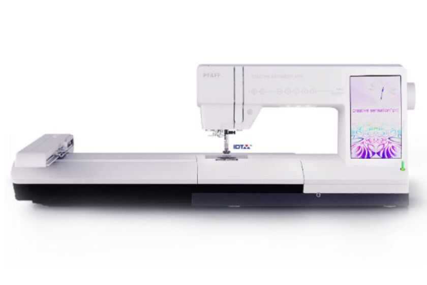 Pfaff Creative Sensation Pro Sewing Machine