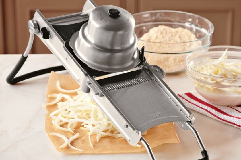 de Buyer Deluxe Dicing Mandoline
