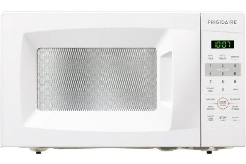 Frigidaire FFCM0724LW 700-watt Countertop Microwave