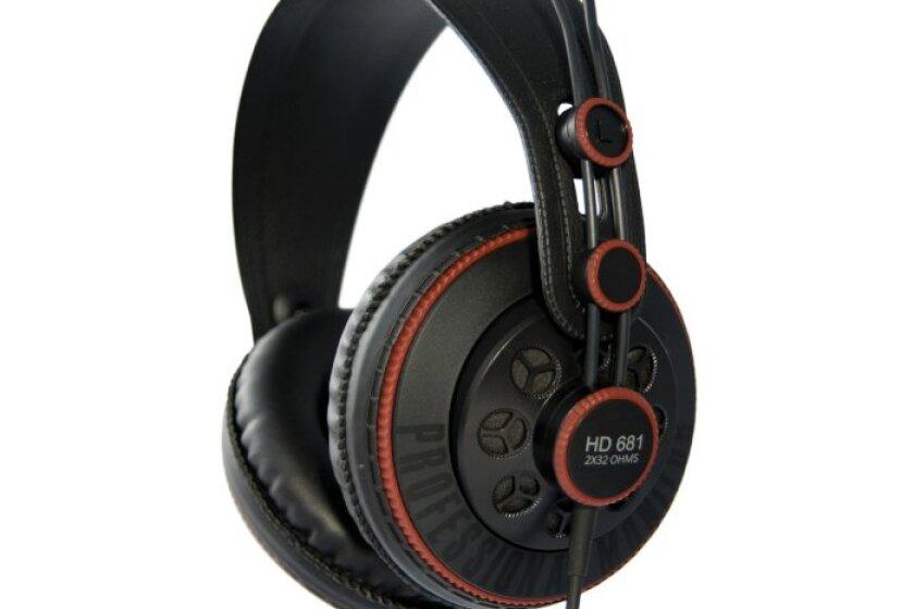 Superlux HD 681 Dynamic Semi-Open Headphones