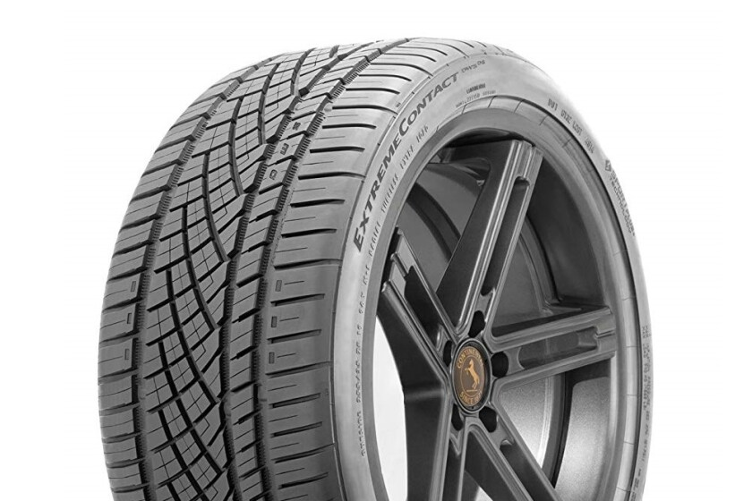 Continental ExtremeContact DWS 06 All-Season Radial Tire