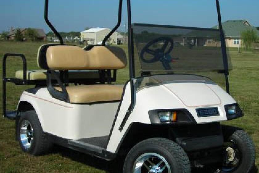 E-Z-GO TXT Golf Cart