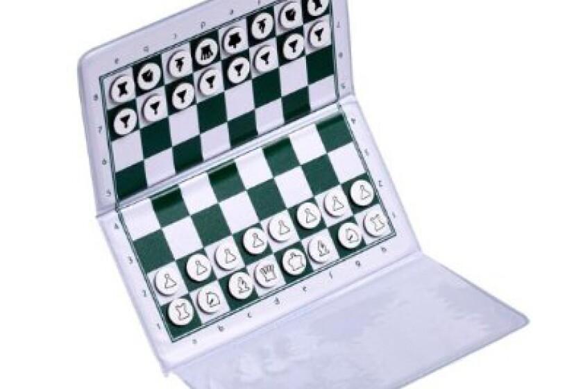 House of Staunton Checkbook Magnetic Travel Chess Set