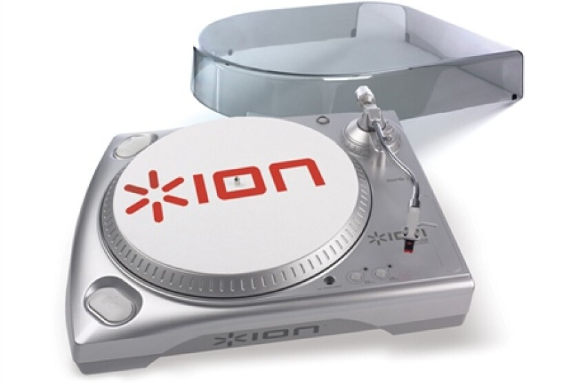 ION Audio TTUSB USB Turntable with Dust Cover