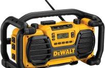DeWALT DC012 Worksite Charger/Radio