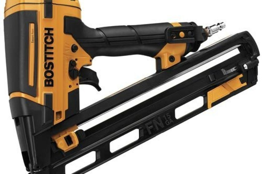 BOSTITCH BTFP72156 Smart Point Angle Finish Nailer