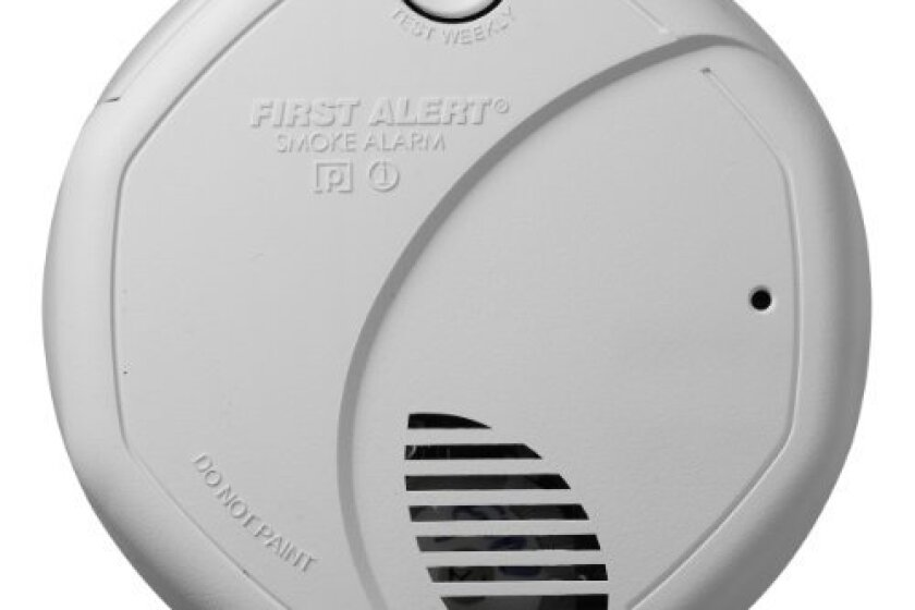 First Alert SA320CN Double Sensor Battery-Powered Smoke and Fire Alarm