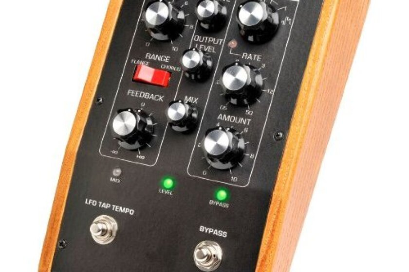 Moog Music Moog Moogerfooger MF-108M Cluster Flux