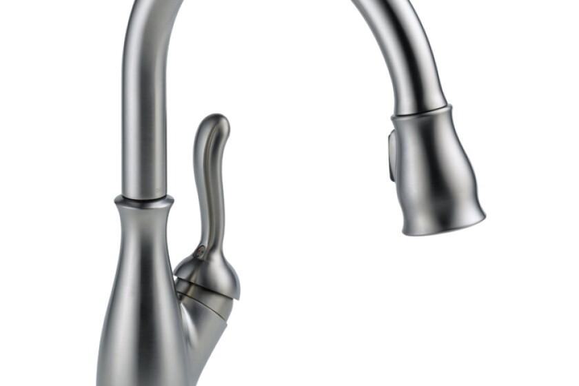 Delta Faucet 9178-AR-DST Leland Single Handle Pull-Down Kitchen Faucet