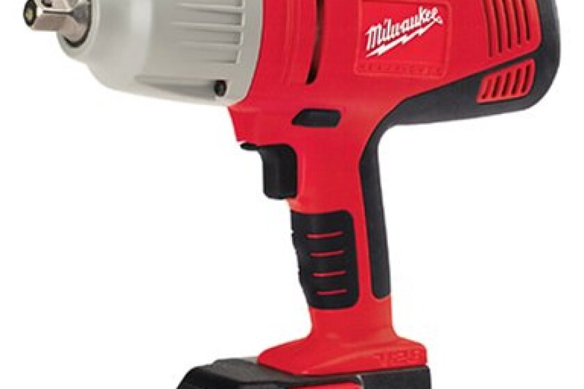 "Milwaukee 0779-22 28 Volt Lithium-Ion 1/2"" Cordless Impact Wrench"