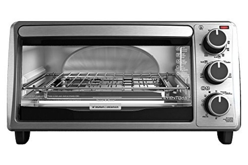 Black & Decker TO1303SB 4-Slice Toaster Oven