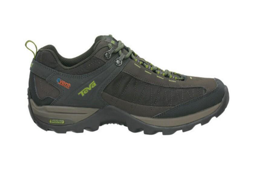 best waterproof hiking shoe