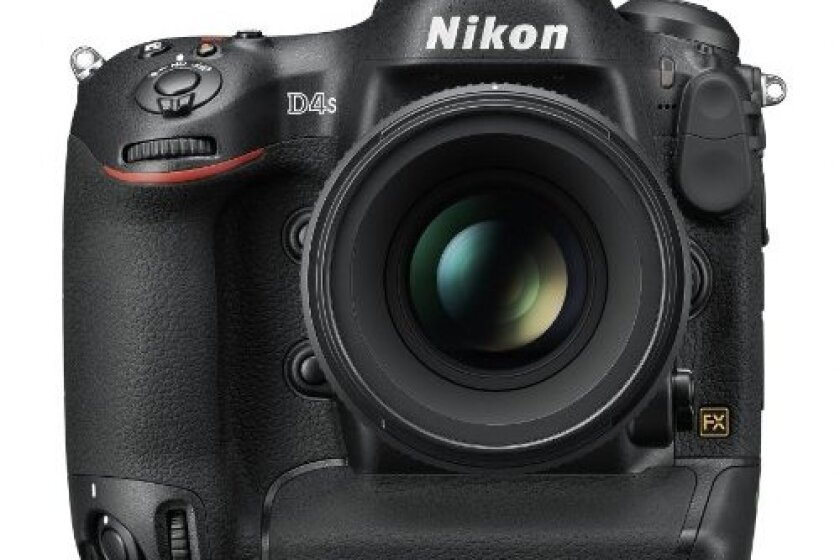 Nikon D4S 16.2 MP CMOS FX Digital SLR