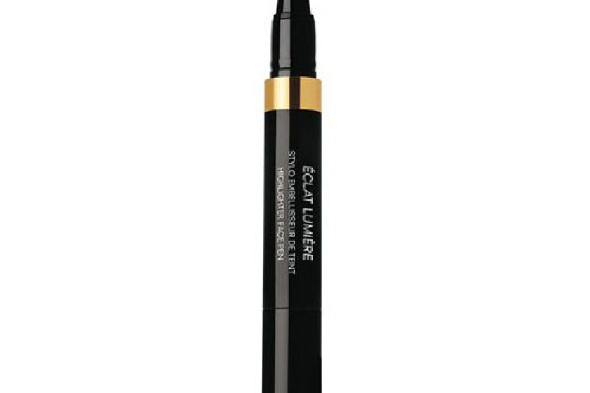 Chanel Eclat Lumiere Highlighter Face Pen