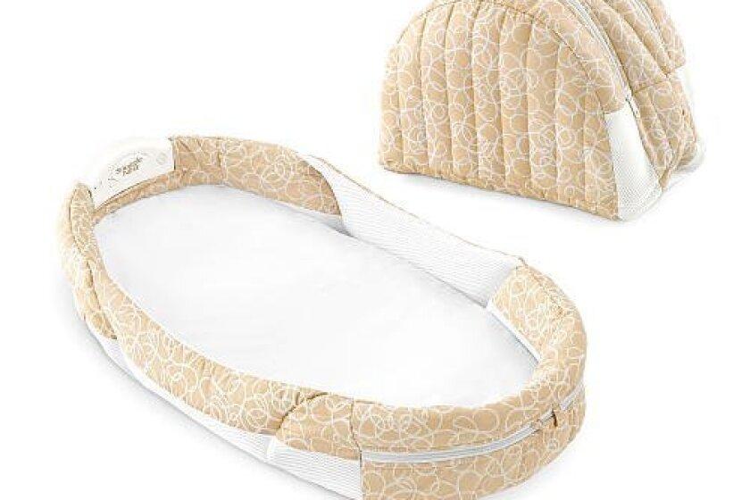 Baby Delight Snuggle Nest Harmony Sleeper/Baby Bed