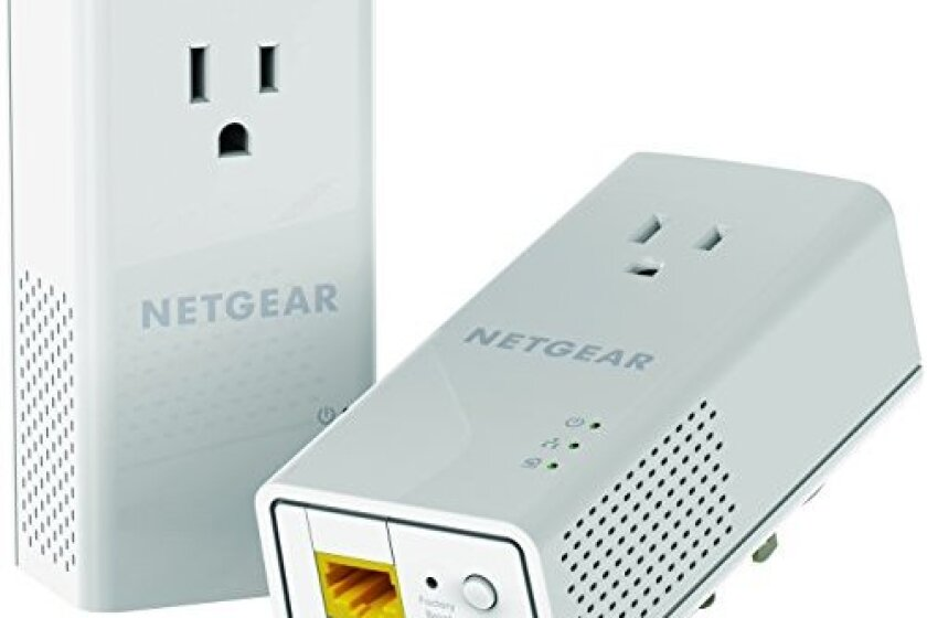 Netgear Powerline 1200 and Extra Outlet - PLP1200-100PAS