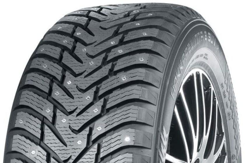 诺基亚汉克齐丽塔8 SUV镶嵌冬季轮胎