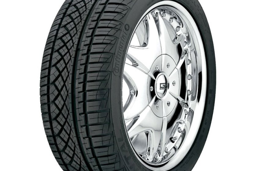 Continental ExtremeContact DWS Tire