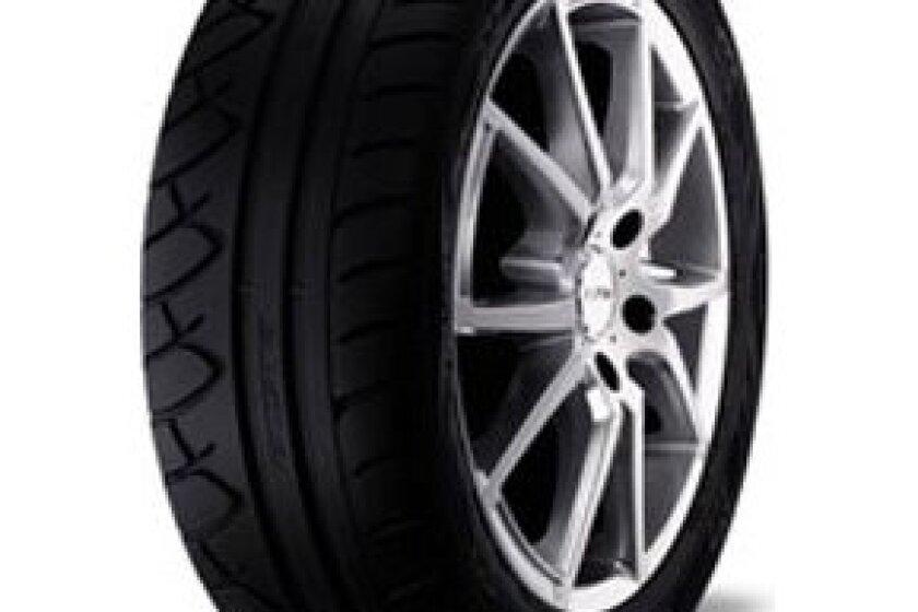 Kumho Ecsta XS Tire