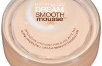 Maybelline Dream Smooth Mousse Ultra Hydrating Cream Whipped Foundation